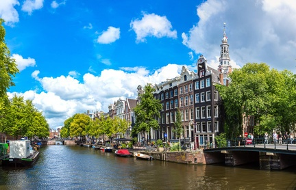 8 Reasons to Invest in The Netherlands
